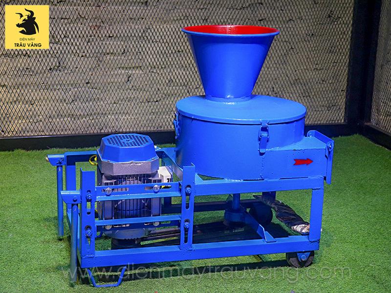 Có nên sử dụng máy băm cỏ tự chế hay không?